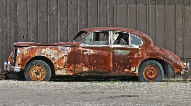 http://www.dreamstime.com/royalty-free-stock-photos-old-rusty-car-image1774848